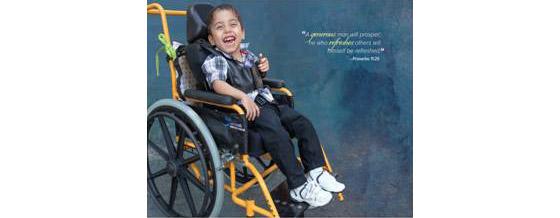 vreugde-kind-eigen-rolstoel